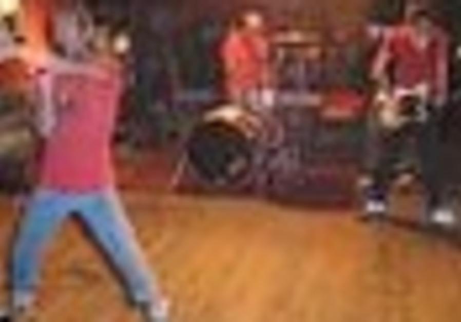 Rock Performance: The energy of three