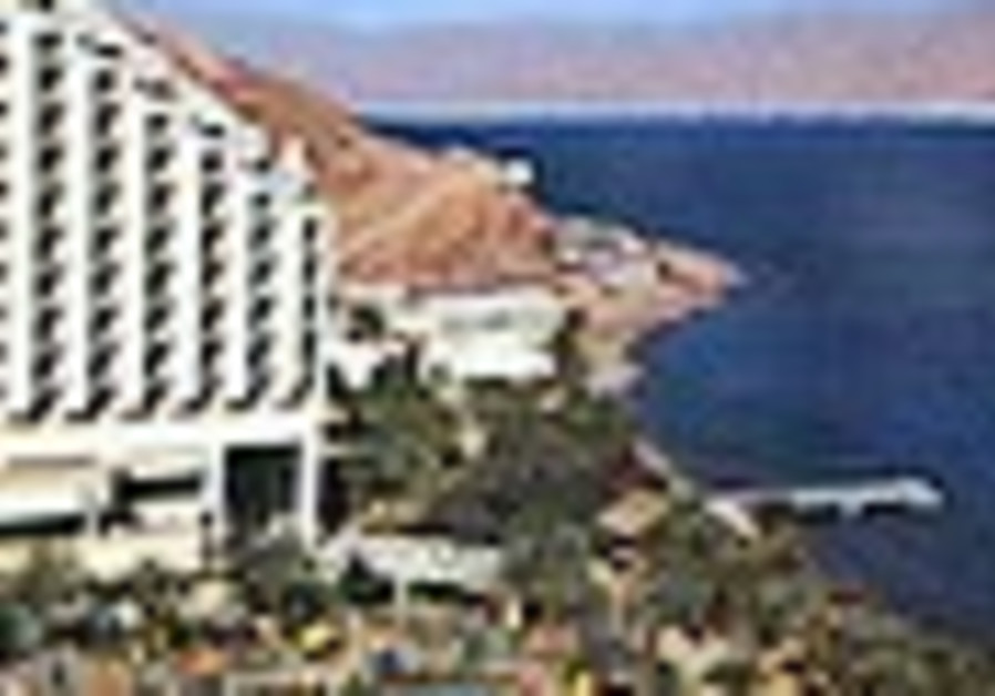 Four years after bombing, Hilton Taba Resort reopens to Israelis