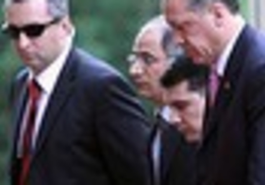 Turkish general: Iraqi Kurds tolerate rebels