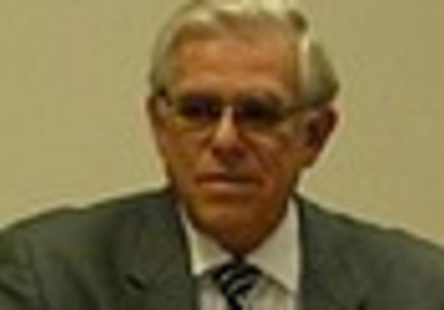 Israeli WMA president warns of economic crisis's impact on health