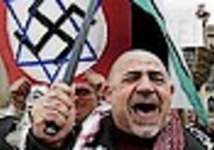 Brazil police disrupt neo-Nazi bomb plot