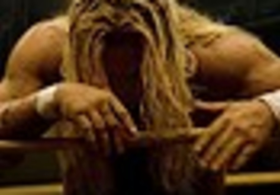 Iran angered over films 'The Wrestler' and '300'