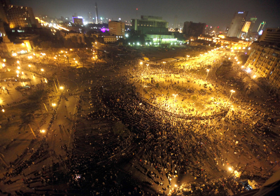 A general view shows Tahrir Square in Cairo as Egyptian riot policemen try to disperse protesters on November 20, 2011 (MOHAMED ABD EL-GHANY/REUTERS)
