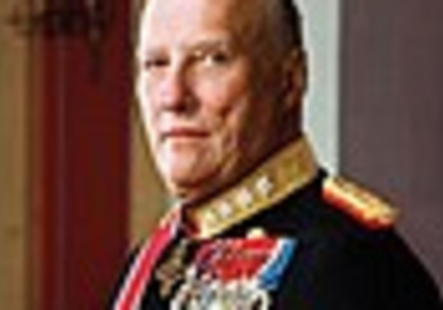King of Norway visits Jewish community