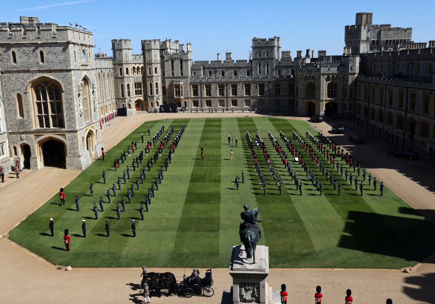 Members of the military stand guard on the day of the funeral of Britain's Prince Philip, husband of Queen Elizabeth, who died at the age of 99, at Windsor Castle in Windsor, Britain, April 17, 2021. (Reuters)