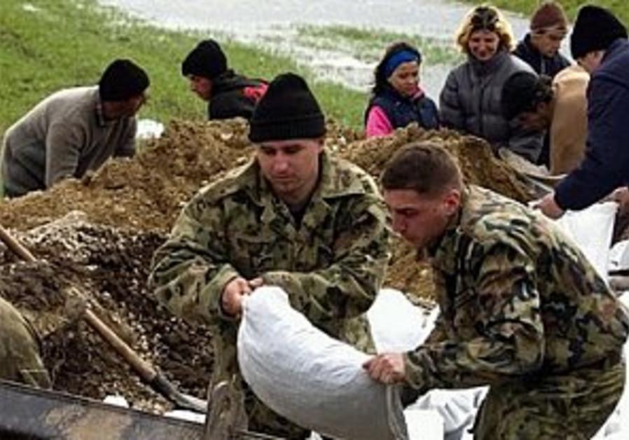 MDA team flies to flood-hit Romania
