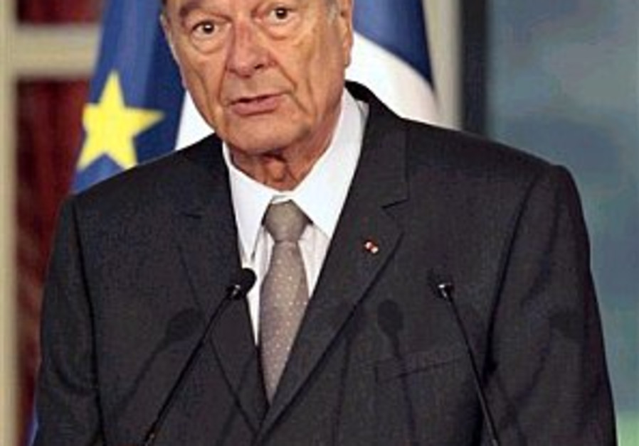 Chirac retracts remarks on Iran threat