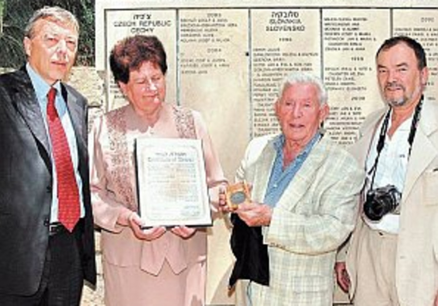 Finding a Righteous Gentile, 60 years later