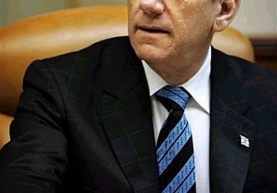 People won't buy Olmert's ploy