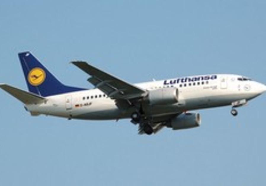 A Lufthansa 737 (illustrative)