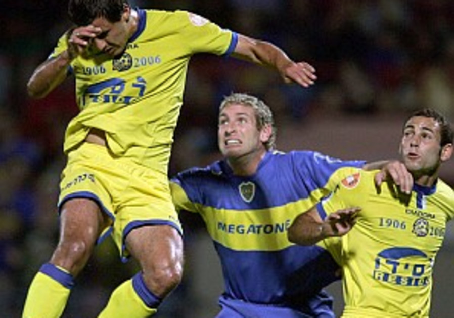 Soccer: Boca beats Mac TA in centenary match