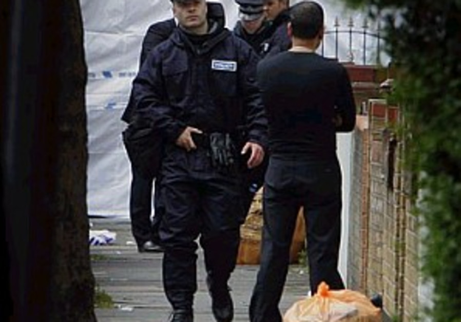Man shot during anti-terrorist raid in London