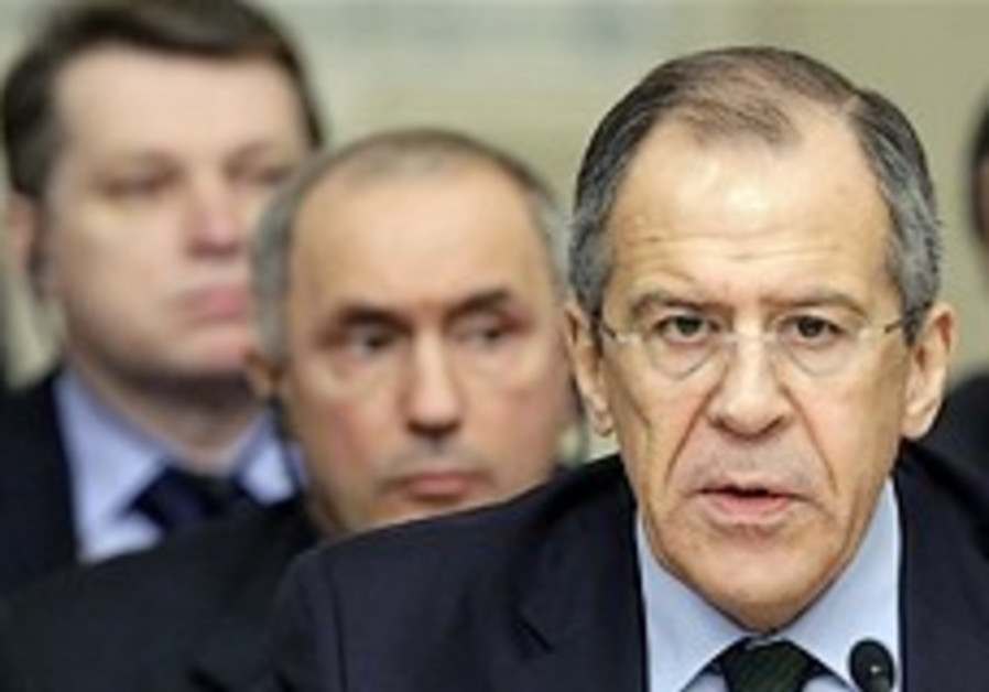 Lavrov: 'Russia won't press Iran for America'