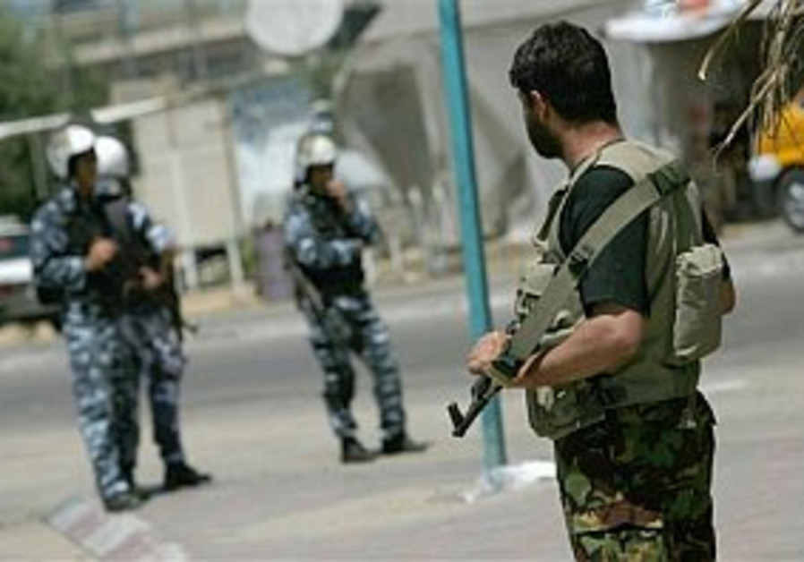 PA security forces to recruit Hamas men