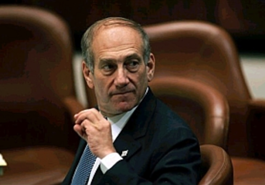olmert in knesset, turning around 298.88 ap