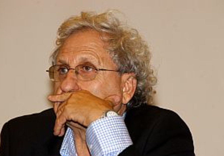 A. B. Yehoshua tempers criticism