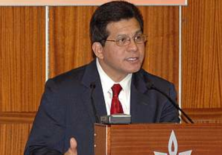 Gonzales defends US internments