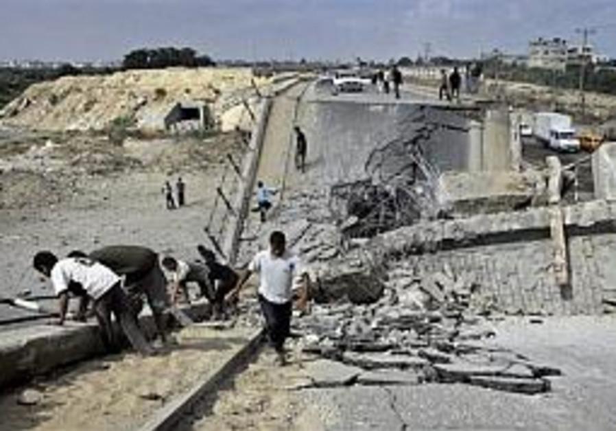 IDF invades southern Gaza