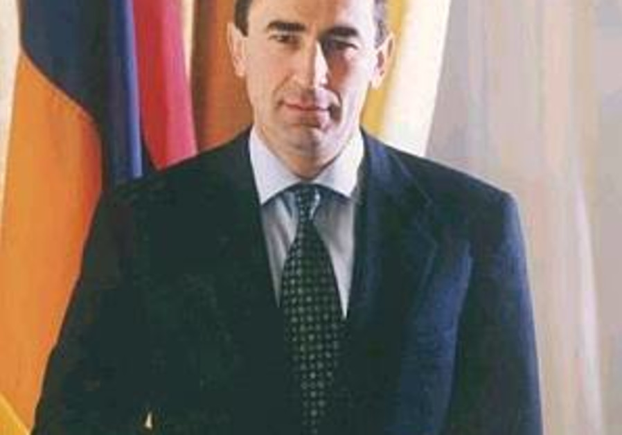 Armenian president to travel to Iran for talks