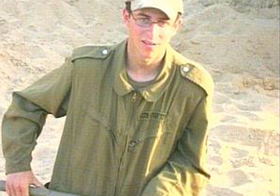 Hamas claims Shalit progress, Israel says it's all 'spin'