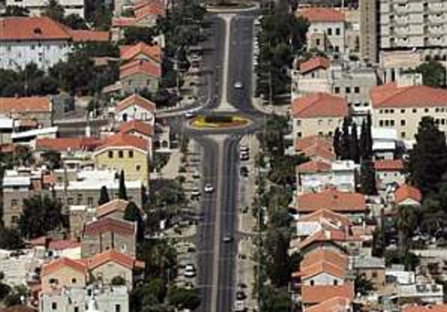 Haifa plunges into center of conflict