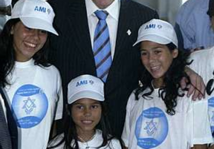 PM to olim: You're our secret weapon