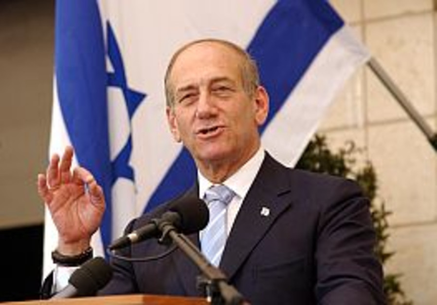 Olmert: 15,000 int'l troops needed