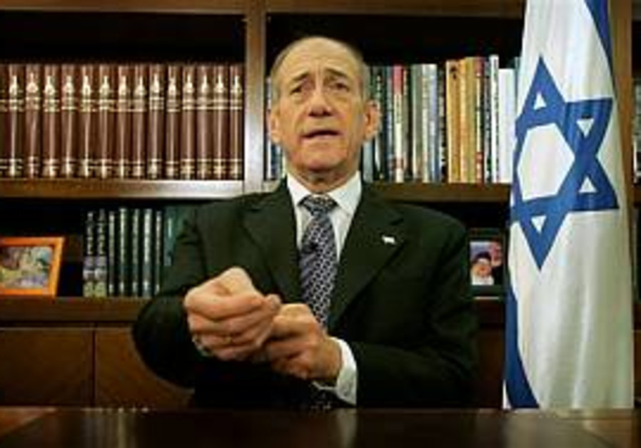 Olmert apologizes for pullout remarks