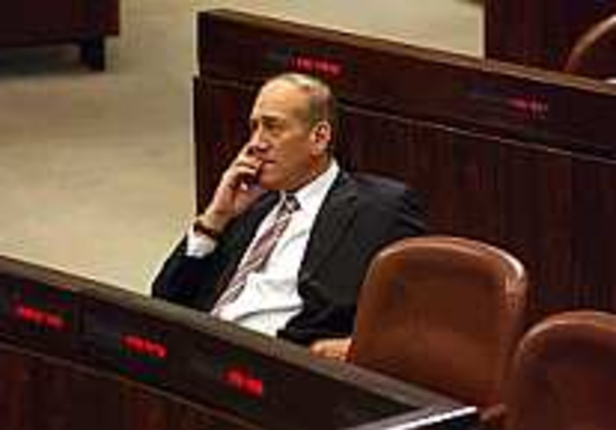 Olmert 'comforted by Blair, Berlusconi'