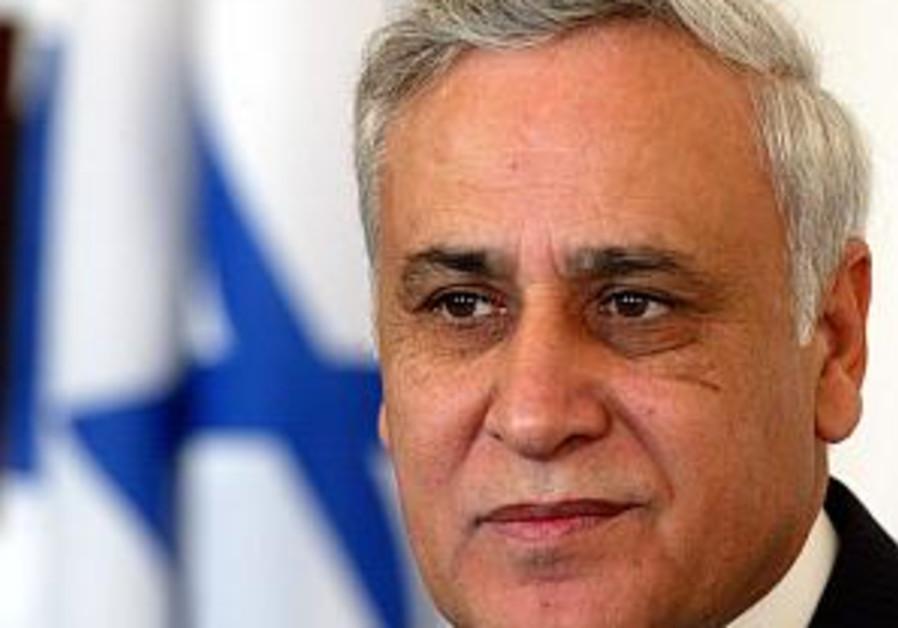 Avraham proposes to eliminate presidency