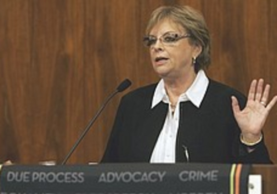 Beinisch: Int'l law must adapt to terror threats