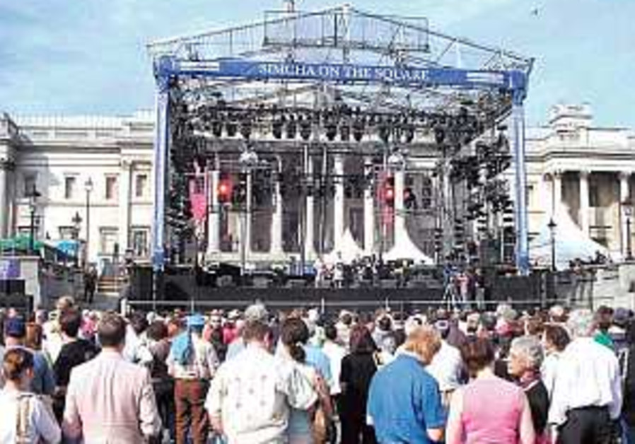 Trafalgar Square hosts Jewish celebration but snubs mayor