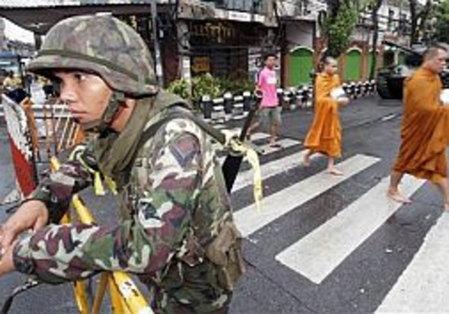 27 wounded in Thailand New Year's Eve bombings