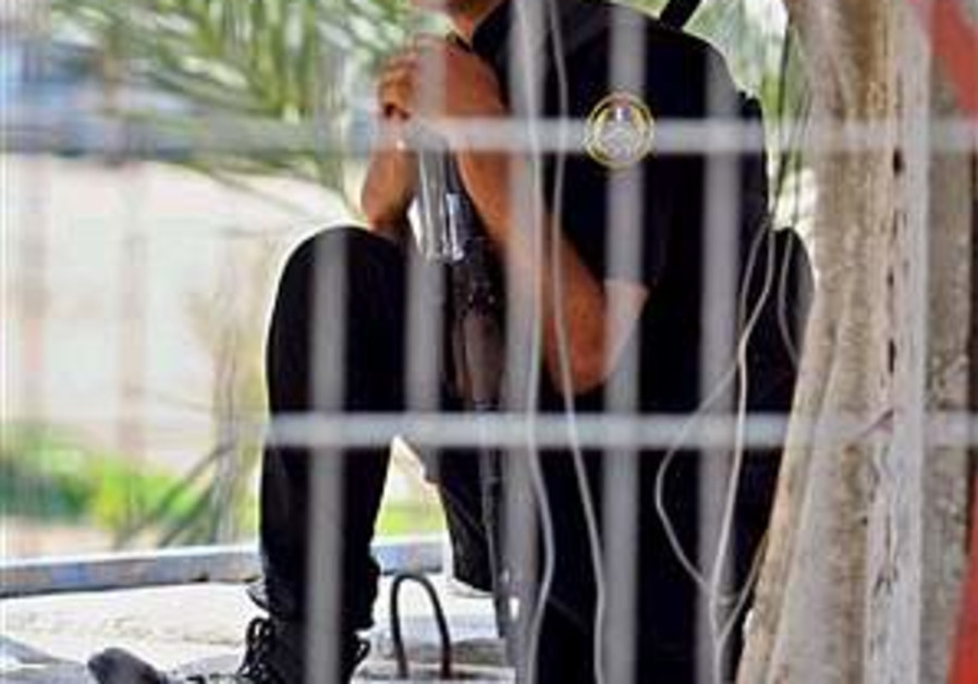 Gunmen kill Palestinian girl in Gaza