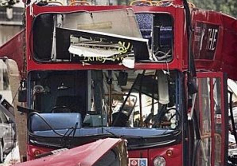 london terror bus 298 ap