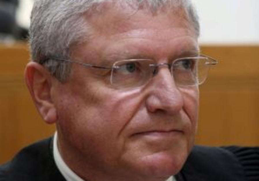 Shendar testimony backs up Levy