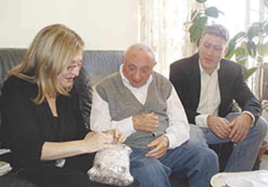US envoy meets long-lost nonagenarian survivor relative thanks to Israeli initiative