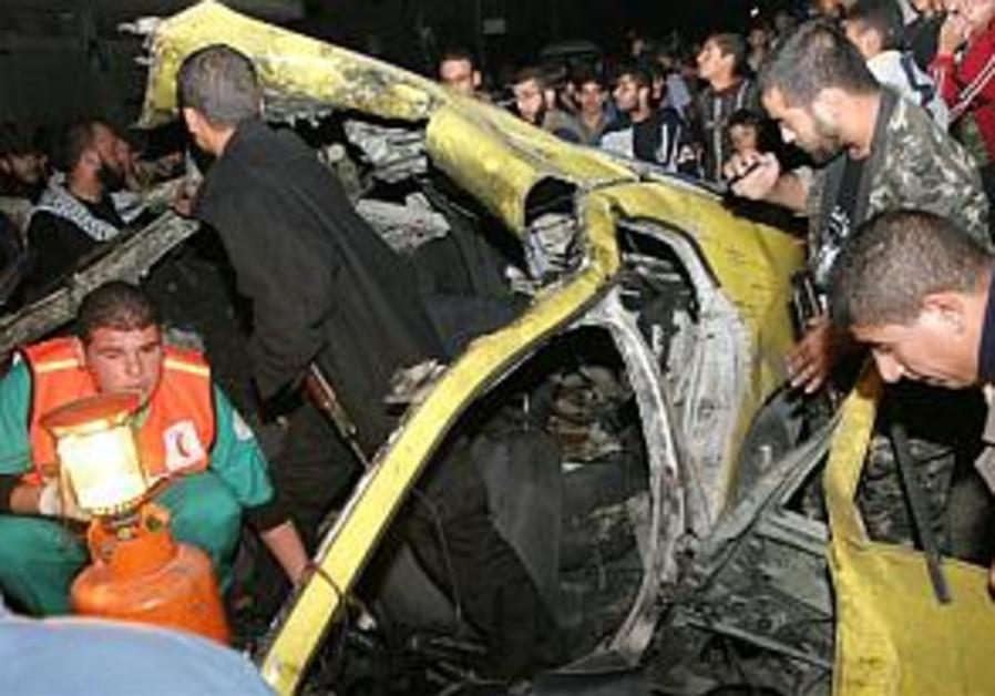 Over a hundred Gazans return home