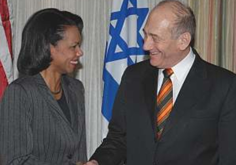 Rice to press Olmert to continue talks