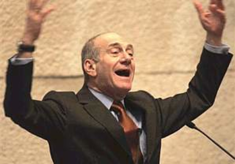 Olmert: Israel safer post-Saddam