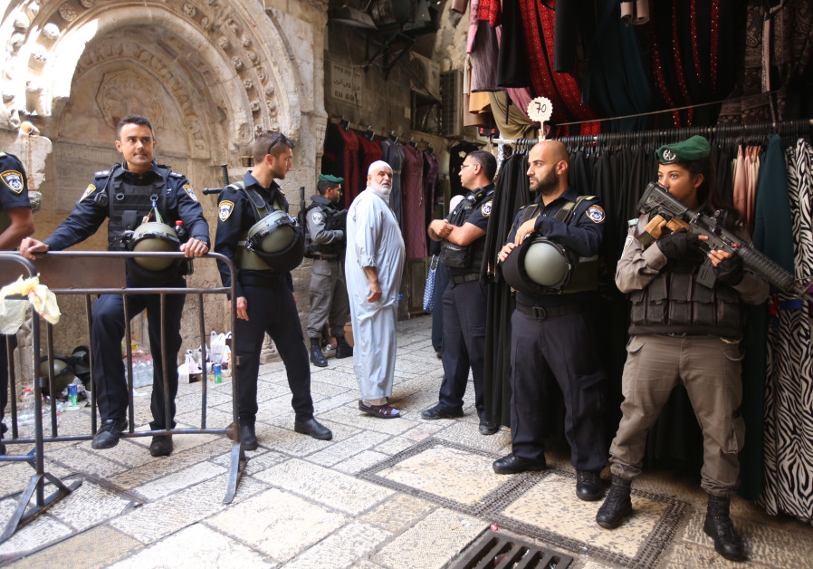 Israeli security on high alert at the Old City of Jerusalem, July 28, 2017.