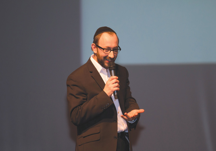 Haredi British comedian to host new BBC show