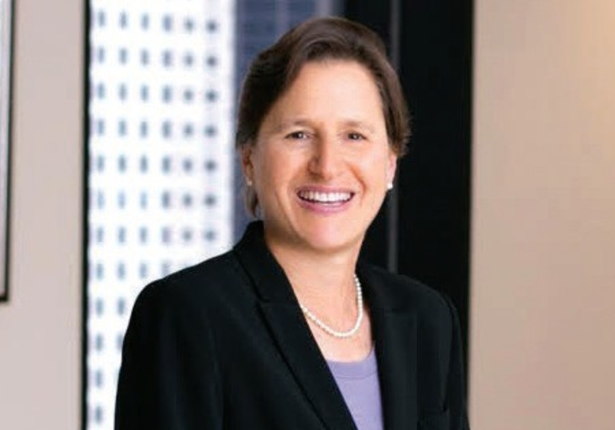 jILL ROSENBERG gives more than $30,000 a year to causes inside and outside the Jewish community.