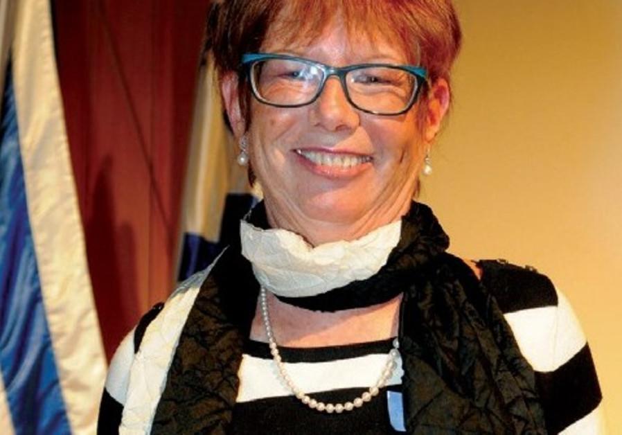 Dr. Francine Robinson, outstanding cancer volunteer, dies at 68