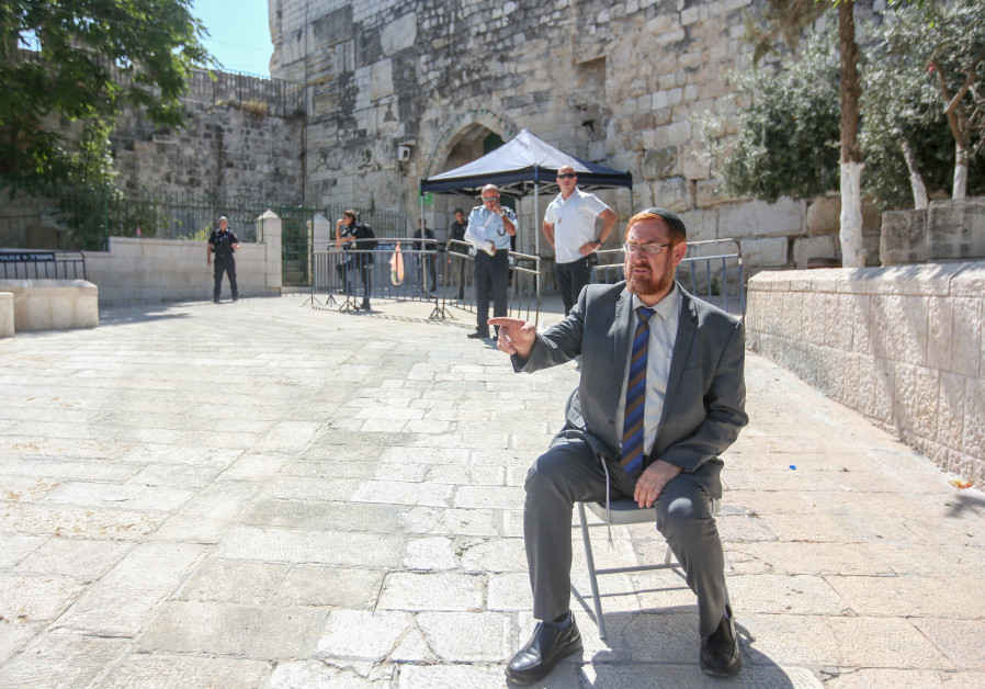 Yehuda Glick outside Temple Mount.
