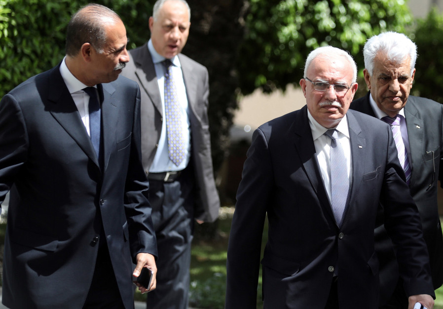 PA Foreign Minister al Maliki and Egyptian counterparts in Cairo, July 2017