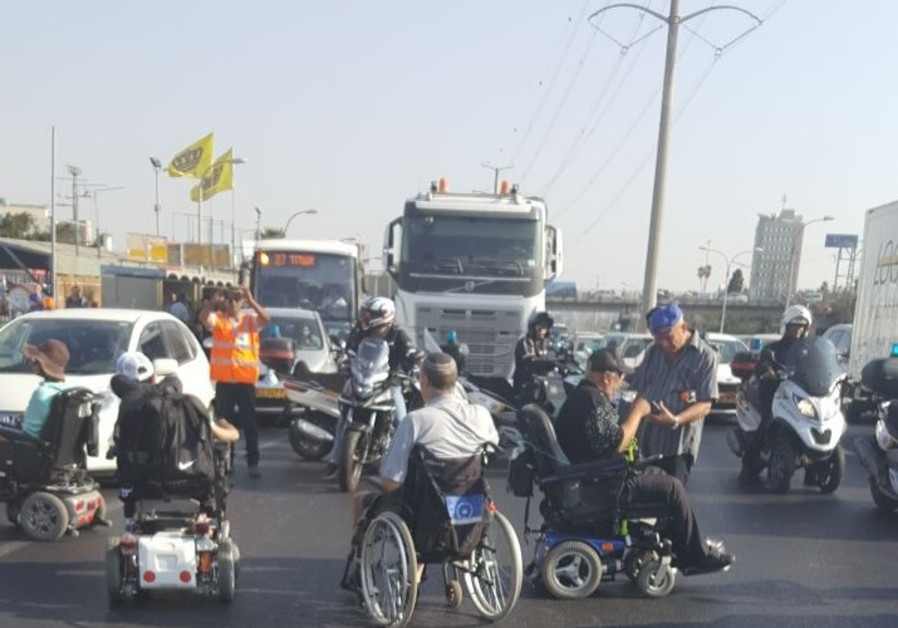 Handicapped protest on Highway 4.