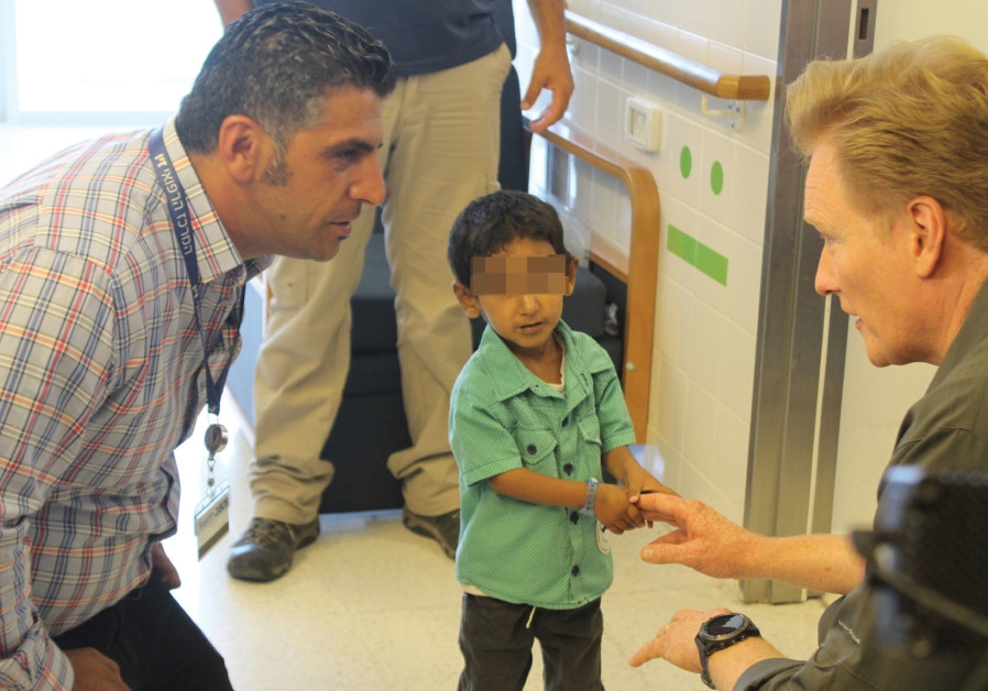 Conan O'Brien says Israeli doctors treating Syrians deserve Nobel Prize