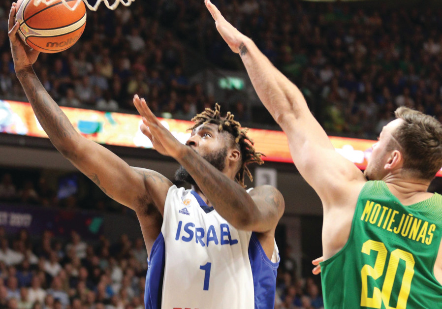 Richard Howell's (left) best efforts, Israel dropped to a second straight defeat in EuroBasket 2017