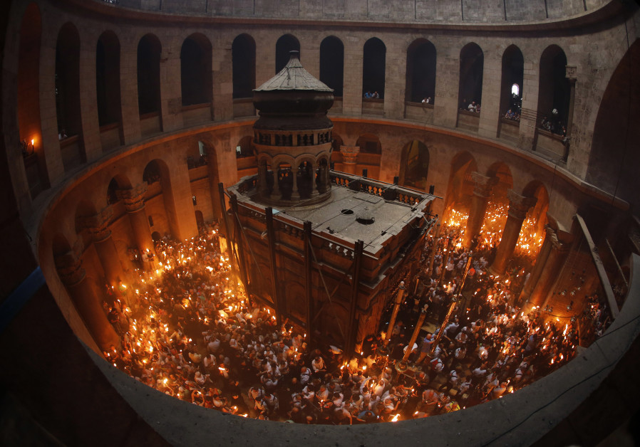 Church of the Holy Sepulchre reopens after tax protest